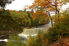Tahquamenon Falls photo by Cole Chase Photography