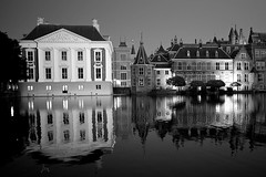 The Hague at Night (Explored) photo by romanboed