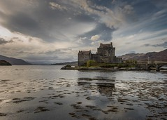 Eilean Donan in colour photo by Christopher Combe Photography