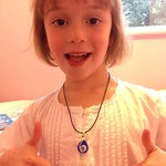 Amy pleased her necklace is fixed<br/>23 Sep 2015