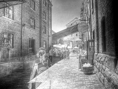 HDR IR Distillery District alleyway