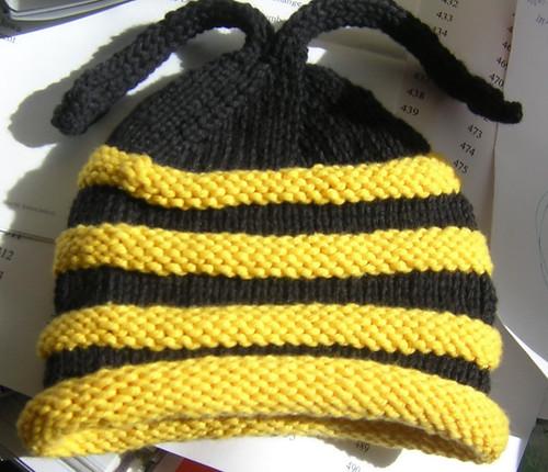 bumblebee hat1