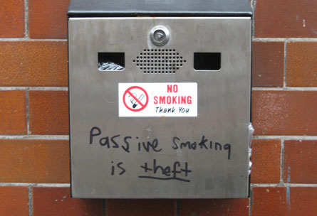 009_passivesmoking.jpg