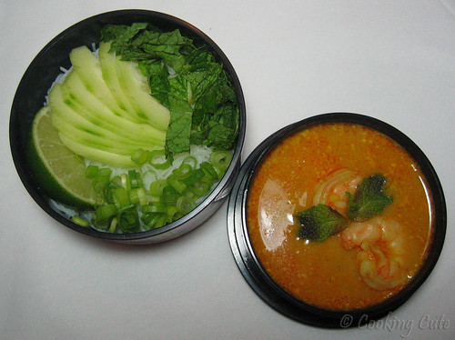 [bento with laksa curry noodles]