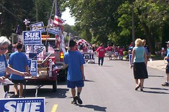 Sue Jeffers Contingent at Lumberjack Days Parade
