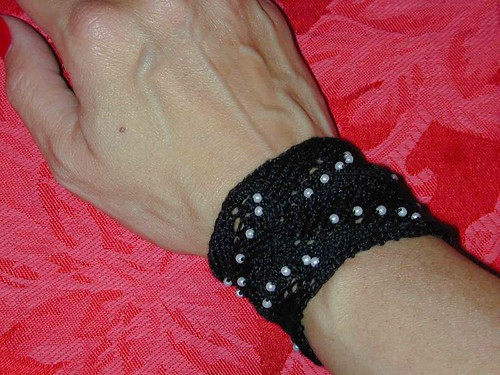Black wristlet