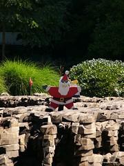 Jumpin' Jack Santa