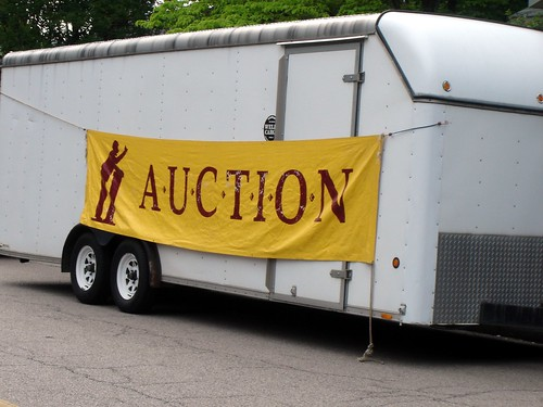 auction trailer
