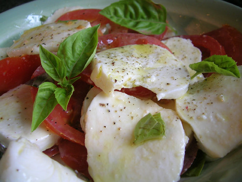 Food Porn: Caprese Salad