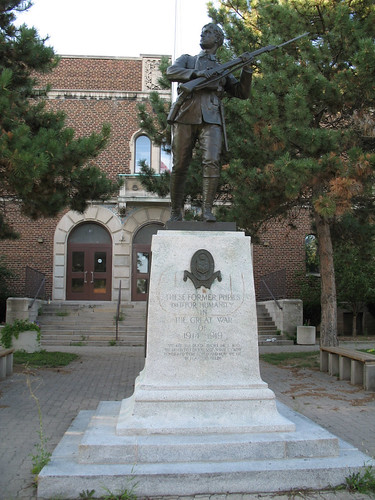 War Memorial, Harbord Collegiate Institute