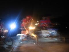אופניים בלילה