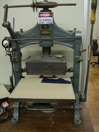 blocking machine