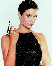 carey-lowell pam bouvier licence to kill