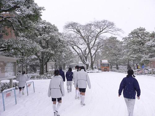 雪景色の同志社