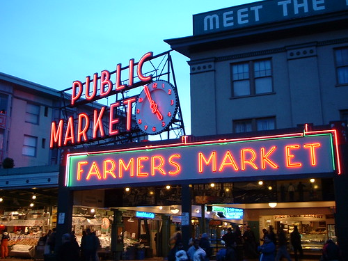 Pike Place Market, Seattle (by WordRidden)