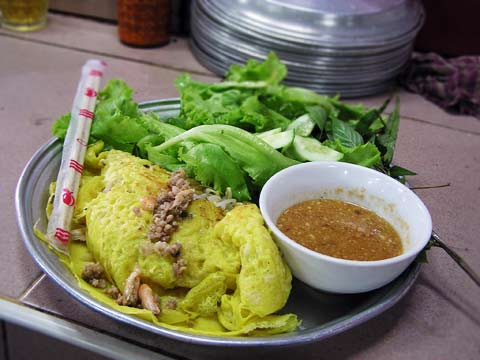 Num Banh Xeo at Russian Market