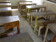 Meja Bangku Lama