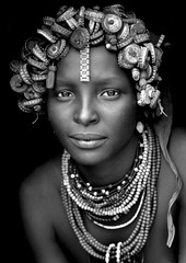 Daasanach tribe girl - Omorate Ethiopia photo by Eric Lafforgue