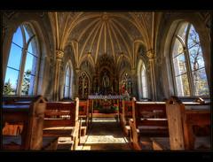 Chapel photo by Kemoauc