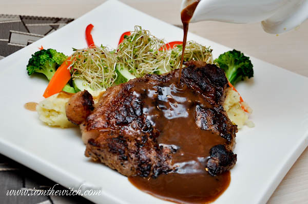 6342024419 08772b8491 b Beef Steak with Brown Sauce By Chef Zakir