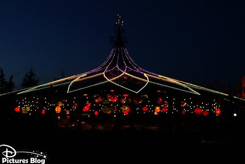 Disneyland Park (Paris) - Mad Hatter's Tea Cups