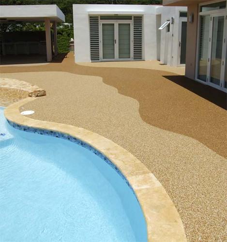 pisos atermicos piscina
