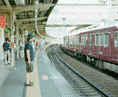 hankyu train photo by Takafumi Goto