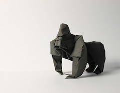Gorilla photo by paper folding artist redpaper