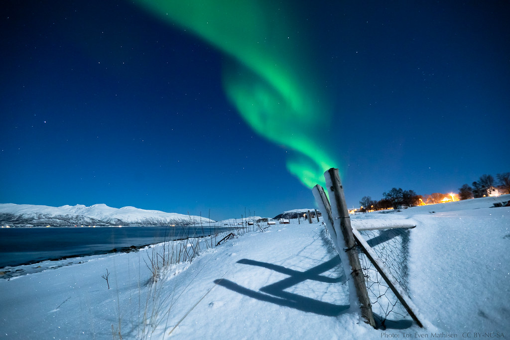 Aurora and moonlight (Explored!) photo by Tor Even Mathisen
