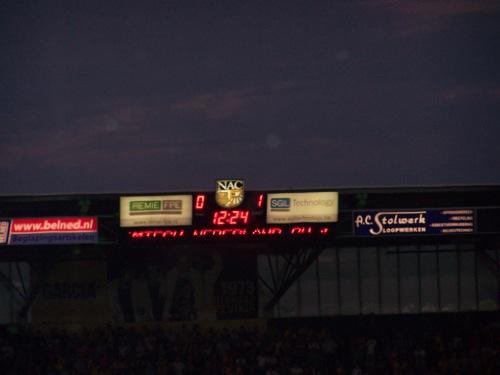 6066581744 50328b4711 NAC Breda   FC Groningen 2 2, 20 augustus 2011