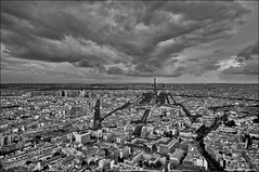 Paris, France - HDR photo by Stuart-Saunders