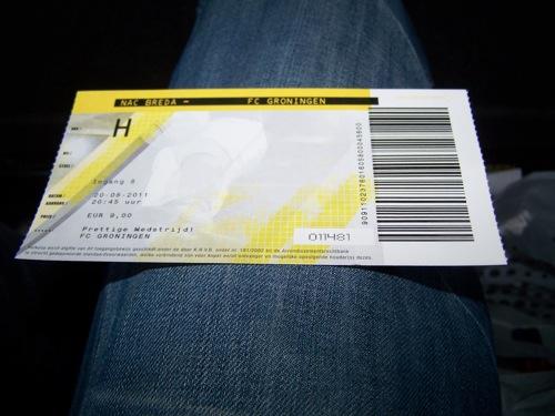 6066045683 22d7395744 NAC Breda   FC Groningen 2 2, 20 augustus 2011