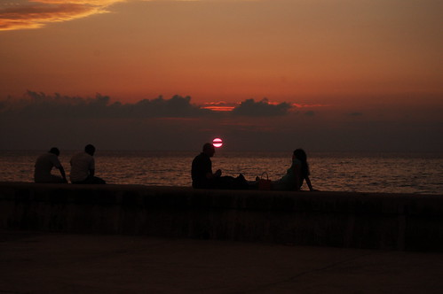 dusk on the malecon