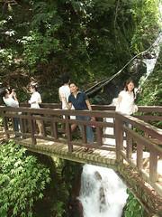 番坑瀑布 & 木橋