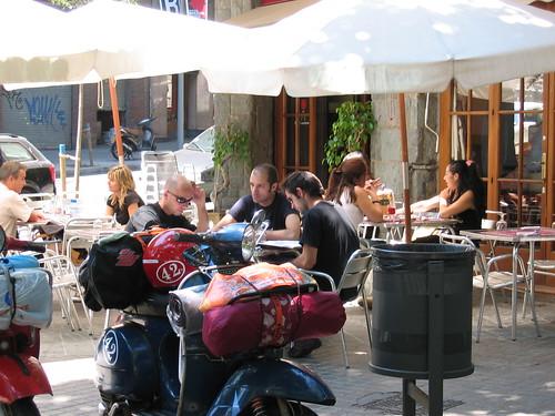 4645 Barcelona 12/06/2006 13:08 Almoco perto da Sagrada Familia