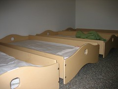 tray beds