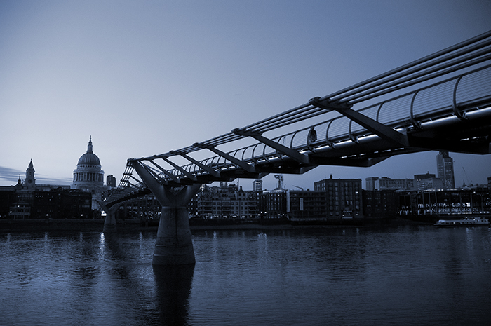 The Millennium Bridge :: Click for previous photo