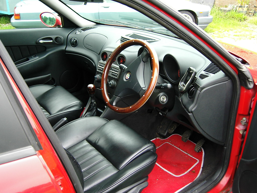 Alfa Romeo Forum Wooden Steering Wheels