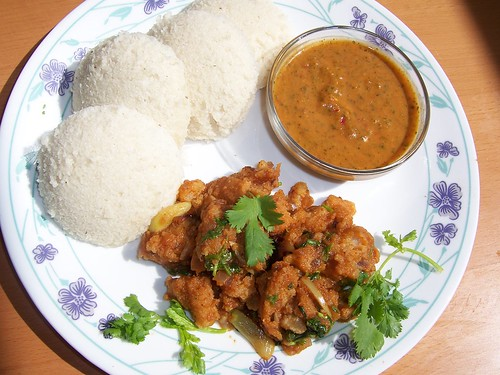 Idlis with Vadai curry and garlic -coriander- tomato chutney