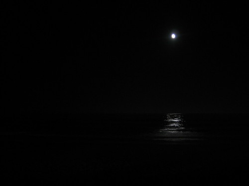 The moon at Narragansett Beach