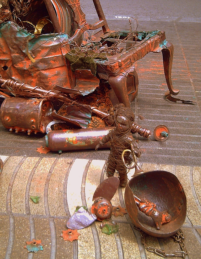 Metal Art at La Rambla