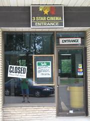 3 Star Entrance