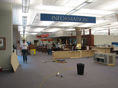 Stauffer Library Information Desk