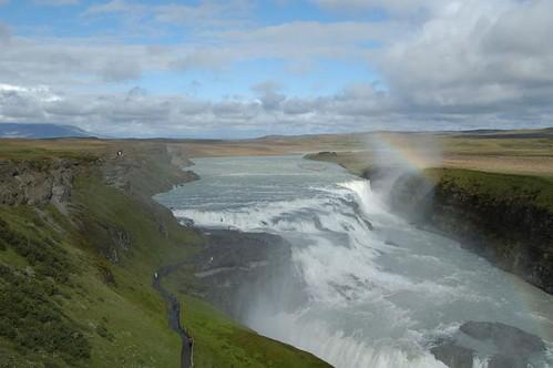 Waterfall_@_Gullfoss,_Iceland_3.jpg