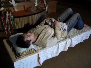 20060520 寝姿5