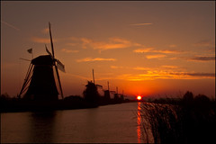 Sunrise at Kinderdijk, The Netherlands photo by sven483