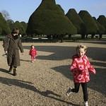 Nice sunny day at Hampton Court<br/>19 Nov 2011