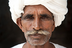 India portrait | Rajastan man | Beautiful face photo by galibert olivier