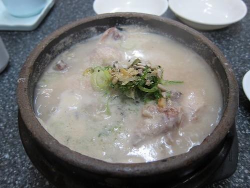 2011.6.1 首爾有名的土俗村蔘雞湯
