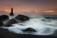 Reynidrangar Waves near Vík, Iceland photo by orvaratli